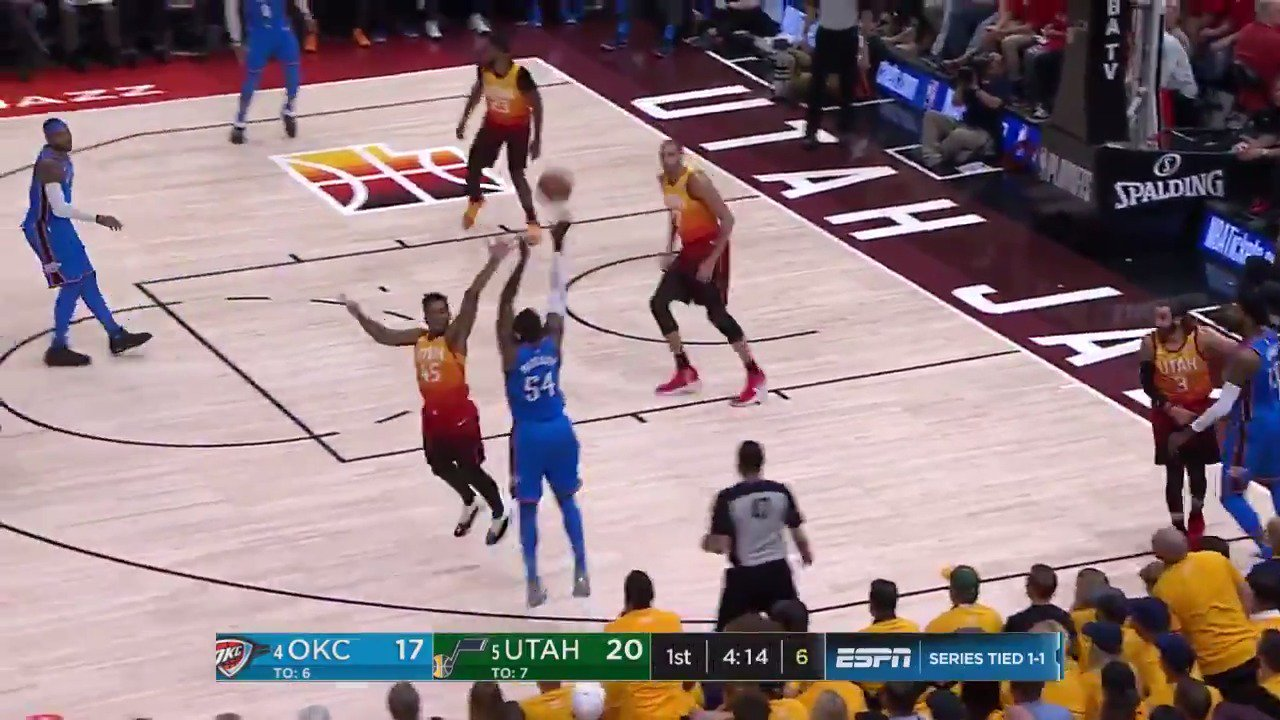 .@okcthunder ball movement on point! ��  OKC responds with an 11-0 run. #ThunderUp  ��: @ESPNNBA https://t.co/yiIc1P5fNL
