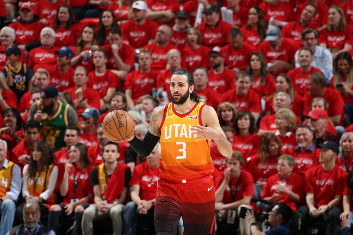 Utah leads 58-53 at the half behind a strong 2nd quarter from Ricky Rubio.