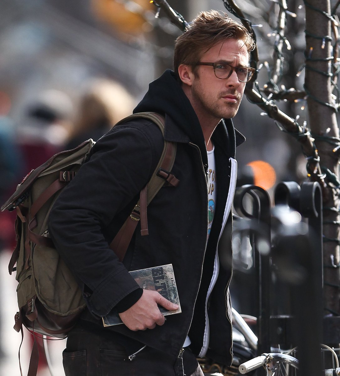 📸 Ryan Gosling Out & About in NYC 2013