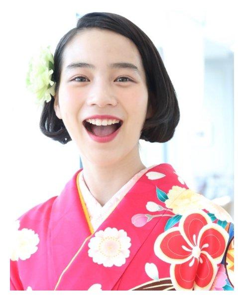 """守りたい、この笑顔  「信じられない艶やかさ」 のん、""""桜を見る会""""の着物姿で魅..."""
