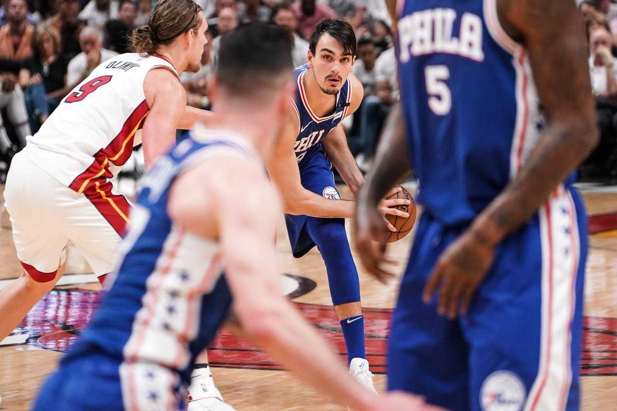 31 photos from our Game 4 win.  📸 https://t.co/hmbBOrrxOP  | #HereTheyCome