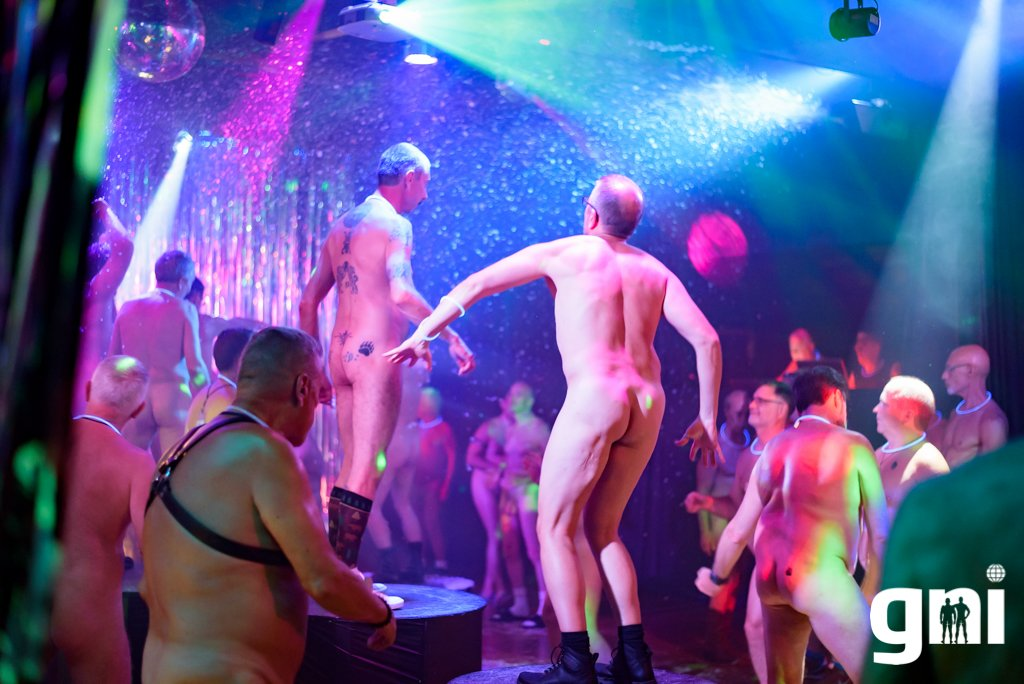 Girls nudist clubs washington state bleaching
