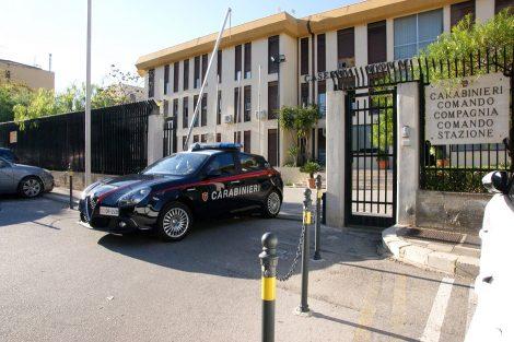 Bruciano quintali di cavi di rame a Termini Imerese, quattro arrestati dai carabinieri - https://t.co/tutCR8leyu #blogsicilianotizie