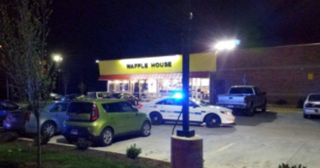 3 dead, 4 wounded after shooting at Waffle House in Tennessee, say police https://t.co/rV70hbAbTL
