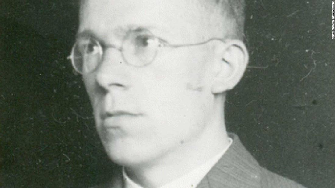 A new study claims that Hans Asperger, the physician for whom Asperger's syndrome was named, actively cooperated with the Nazi regime's euthanasia program https://t.co/01iqcfmjwU