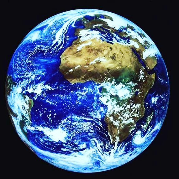 Puoi fare qualcosa cosa  oggi per preservarla.   #Rispettala la Terra  #GiornataMondialeDellaTerra  #EarthDay2018 https://t.co/EkZPpdjlVr