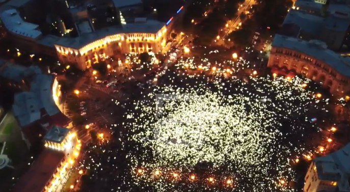 Криза у Вірменії: лідер протестувальників Пашинян затриманий поліцією, сталися зіткнення - Цензор.НЕТ 300