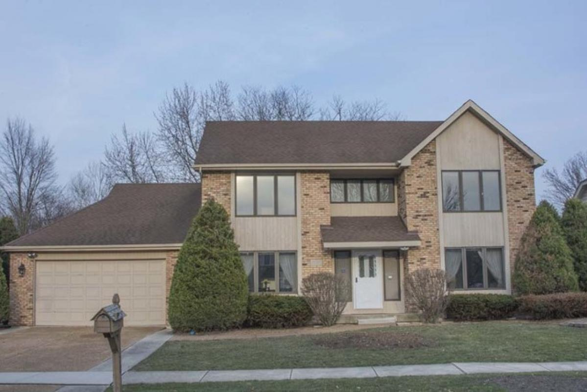 Just listed by Shirley Sze ABR,CRS,GRI,SFR,SRS,SRES,GREEN,BPOR,CNC in #Naperville #IL. 1... https://t.co/KXyU613c2T https://t.co/lNtrUHPMAs