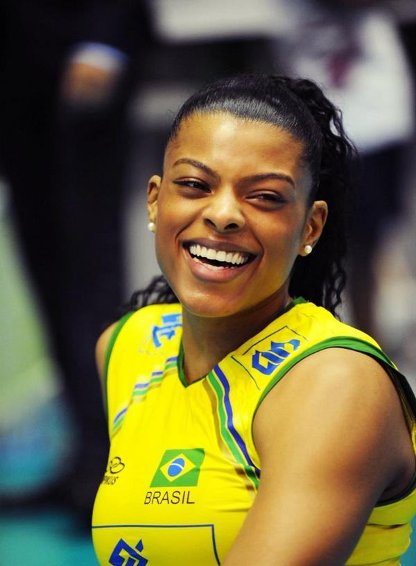 Campeã olímpica Campeã mundial de clubes...