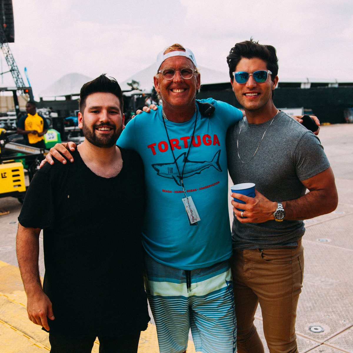 Dan shay danandshay twitter shay mooney brian oconnell and dan smyers kristyandbryce Images