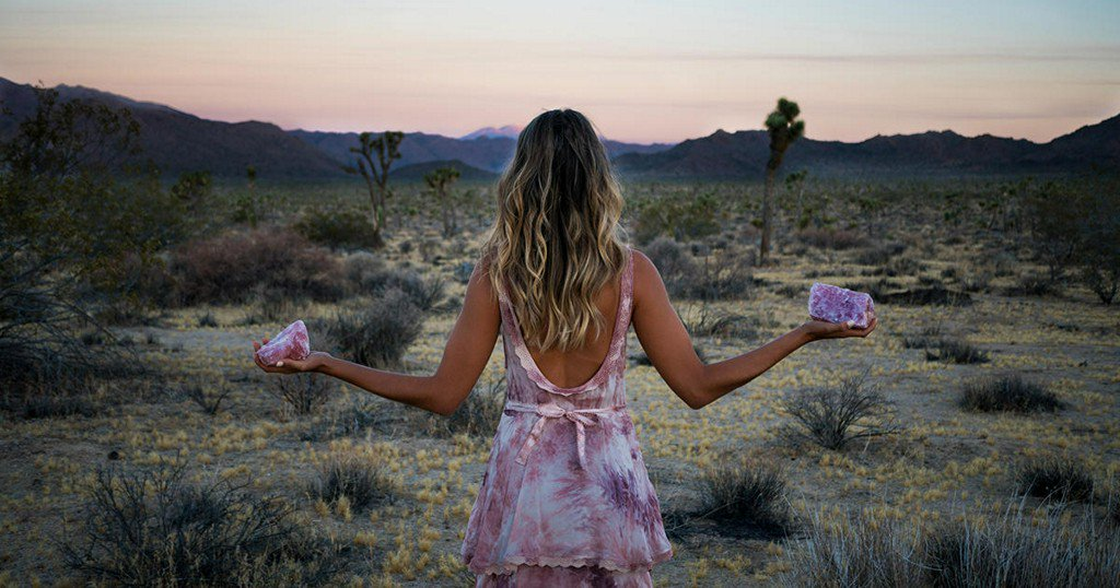10 New-Age Hippie Things You Can Do to Feel One With Nature On Earth Day https://t.co/wSuUhOtk7r