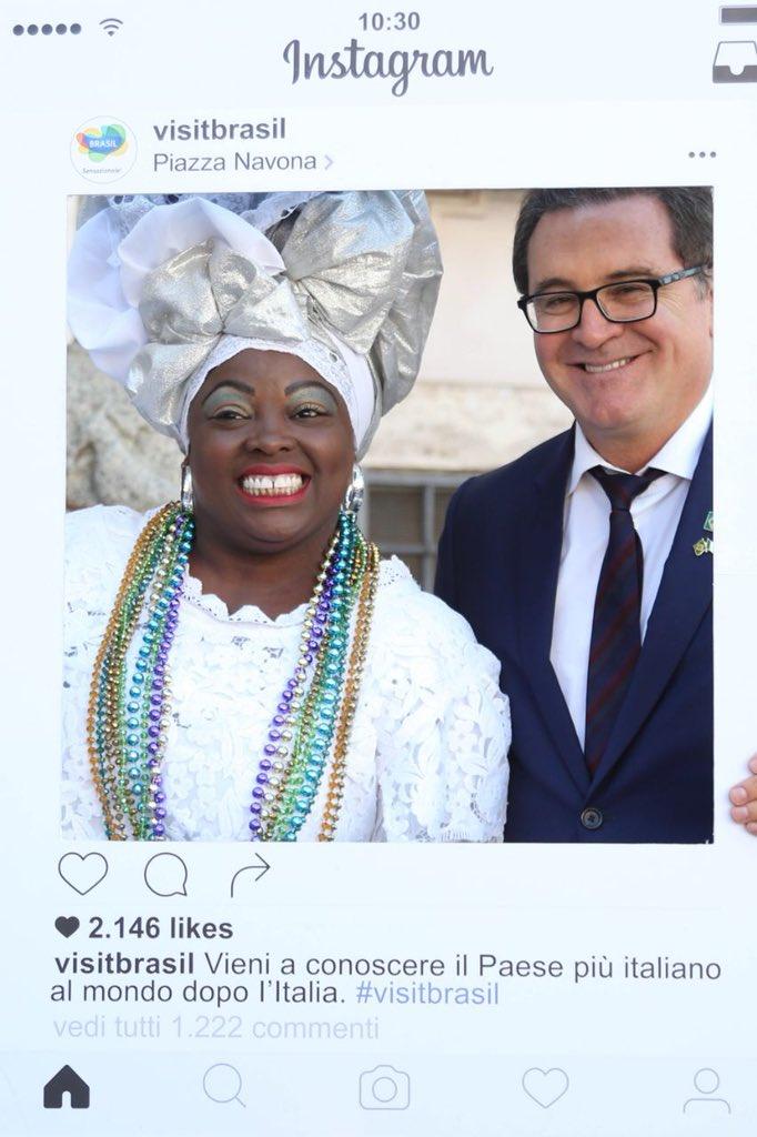 Na Itália 🇮🇹 para acompanhar as festividades do festival #TraAmici, que promove o Brasil em terras italianas, o ministro @vlummertz anunciou que vai ampliar a divulgação do país por lá. Confira fotos da visita à Itália e saiba mais 👉🏽 https://t.co/G6biOgTued