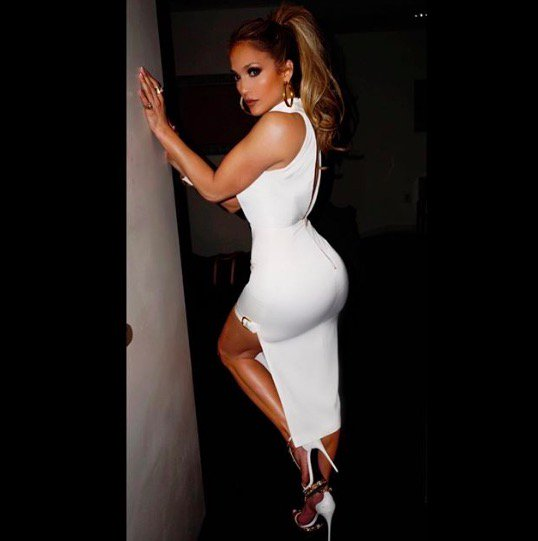 Jennifer Lopez' Instagram: an appreciation   https://t.co/33pMQSXKhr