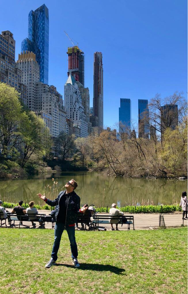 Spending this amazing Sunday at #NYC #centralpark ☺🤩☀