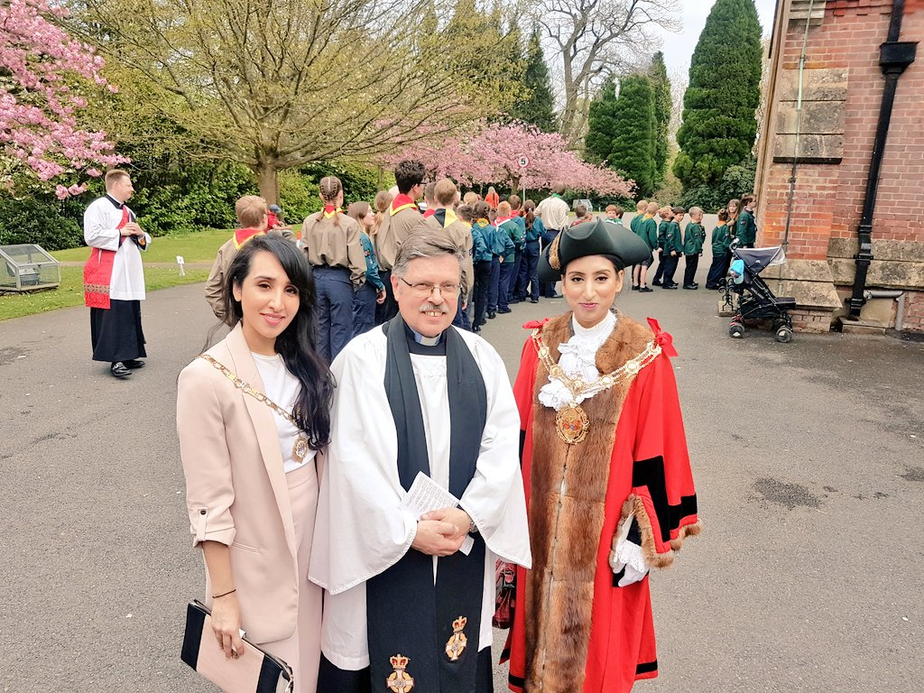 Mayor of rushmoor on twitter a wonderful afternoon to mark making this a day to remember and giving us the opportunity to meet the young members and adults involved across all sections of scouts m4hsunfo