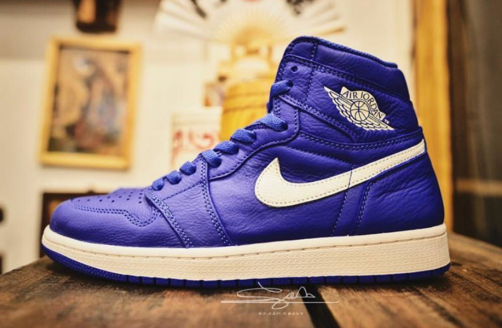 ... 2018 for $160 #hyperroyal #jordan #nike #jordan1 #adidas #yeezy  #supreme #hypebeast #kicks #shoes #sneakers #sneakerporn #shoeporn  #sneakerhead ...