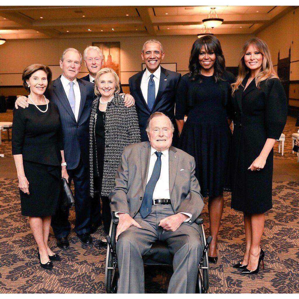 La politique américaine comme si vous y étiez... - Page 22 DbaRQd2XcAIJnyo