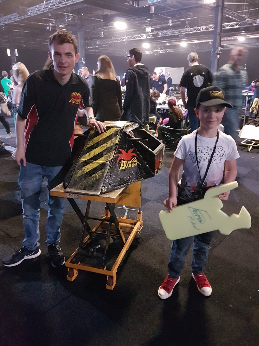 #STEM inspiration comes in many shapes and sizes. The @extremerobots show was a great example. My son was in heaven. He got to see Eruption beat everyone and had photos and autographs backstage! @BBC please find space for @RobotWarsUK!<br>http://pic.twitter.com/tet0LfNCtk