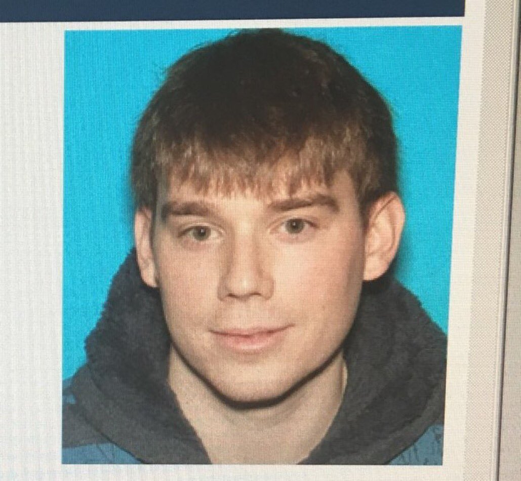 Travis Reinking, 29, of Morton, IL, is wanted for killing Four people and four others were injured at a Waffle House with an AR-15. Vehicle the gunman arrived in is registered to him. He shed is coat and is nude.  If spotted Pls call police at 615-862-8600 immediately. #RT <br>http://pic.twitter.com/iGSMaXHkGW