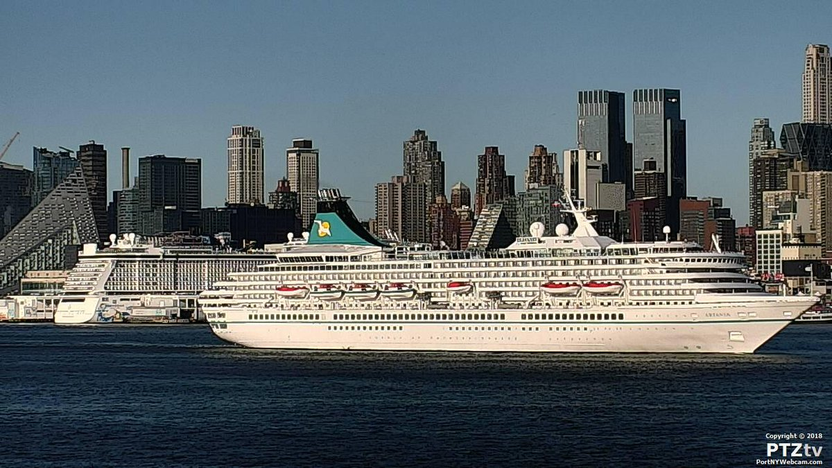 #MSArtania #sailing away from #NYC on http://PortNYWebcam.com Great view from @ChartHouseRest!pic.twitter.com/xDPSexyqGj