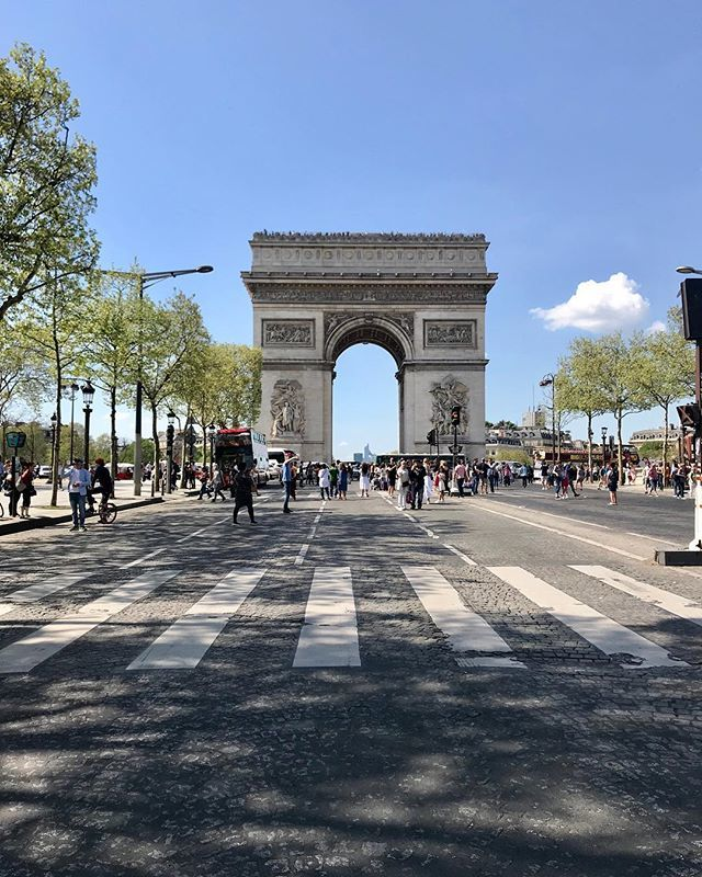 The Arc de Triomphe, one of the most recognized monuments in Paris, stands at the western end of the Champs-Élysées.  I climbed the 284 steps and the panorama view was incredible #travel #paris #arcdetriomphe #champsélysées #warmemorial #monuments #archi…  https:// ift.tt/2vJF2yL  &nbsp;  <br>http://pic.twitter.com/TBzO4HT4hG