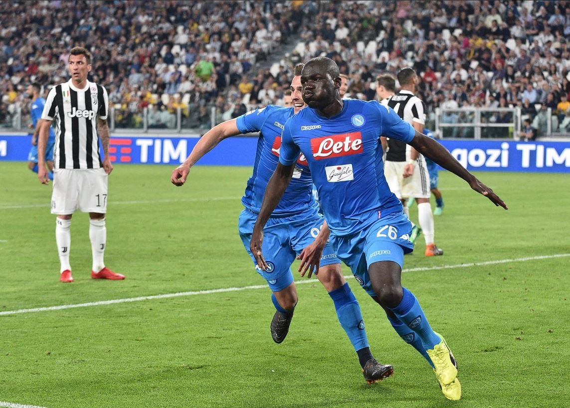Napoli marca no fim contra a Juventus e põe fogo no Campeonato Italiano → https://t.co/dHBTlMvo2z
