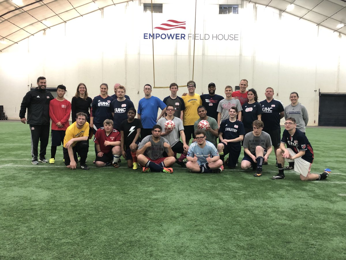 Great event today coaching the @SpOlympicsMA @SpecialOlympics guys with @2Fast2Farrell @codycropper_01 @scaldwell15 #choosetoinclude @NERevolution<br>http://pic.twitter.com/wpYJtUNOlz