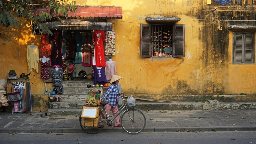 Travel Guide: 8 Best Places to Visit in CentralVietnam https://t.co/4KtGRsx8jj https://t.co/8cCU5nlOY1