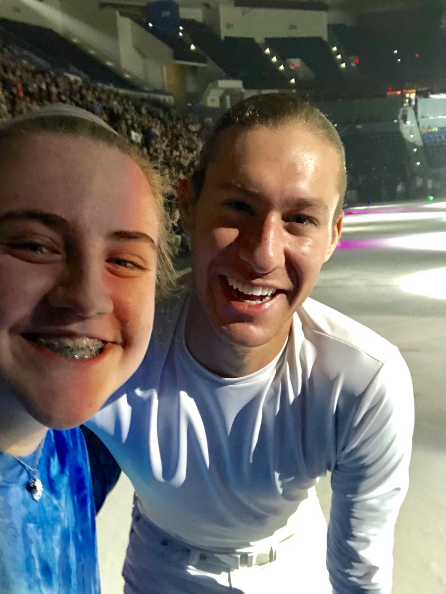.@jasonbskates thanks  so much for making this young lady's day extra special in #Hartford, Conn. at #StarsOnIce!  You really rock @starsonice<br>http://pic.twitter.com/6oY5v4dxsu