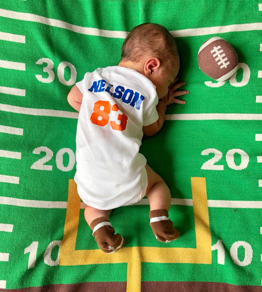 David Nelson on Twitter: Welcome the newest member of #GatorNation LNs3qUey
