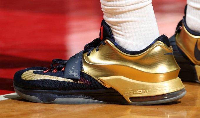"premium selection ac10a 6f9db 🏀 @mikescott 👟 Nike KD 7 ""Gold Medal"" 👉 #KicksOnCourt ..."
