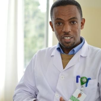 #Orthopaedics is neglected in #Ethiopia, w/ less than 500 #orthopaedic #surgeons. Through @CUREIntl @ndorms #partnership, Tewodros undertook training allowing him to provide ongoing teaching to surgery residents from across Ethiopia  https:// buff.ly/2q8Ymzl  &nbsp;   #HealthForAll<br>http://pic.twitter.com/NJP4feSbgY