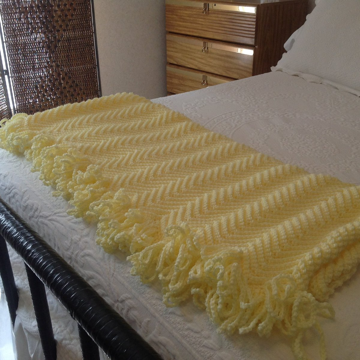 Pale Yellow Throw Blanket.Yarn Queens On Twitter Pale Yellow Afghan Throw Blanket