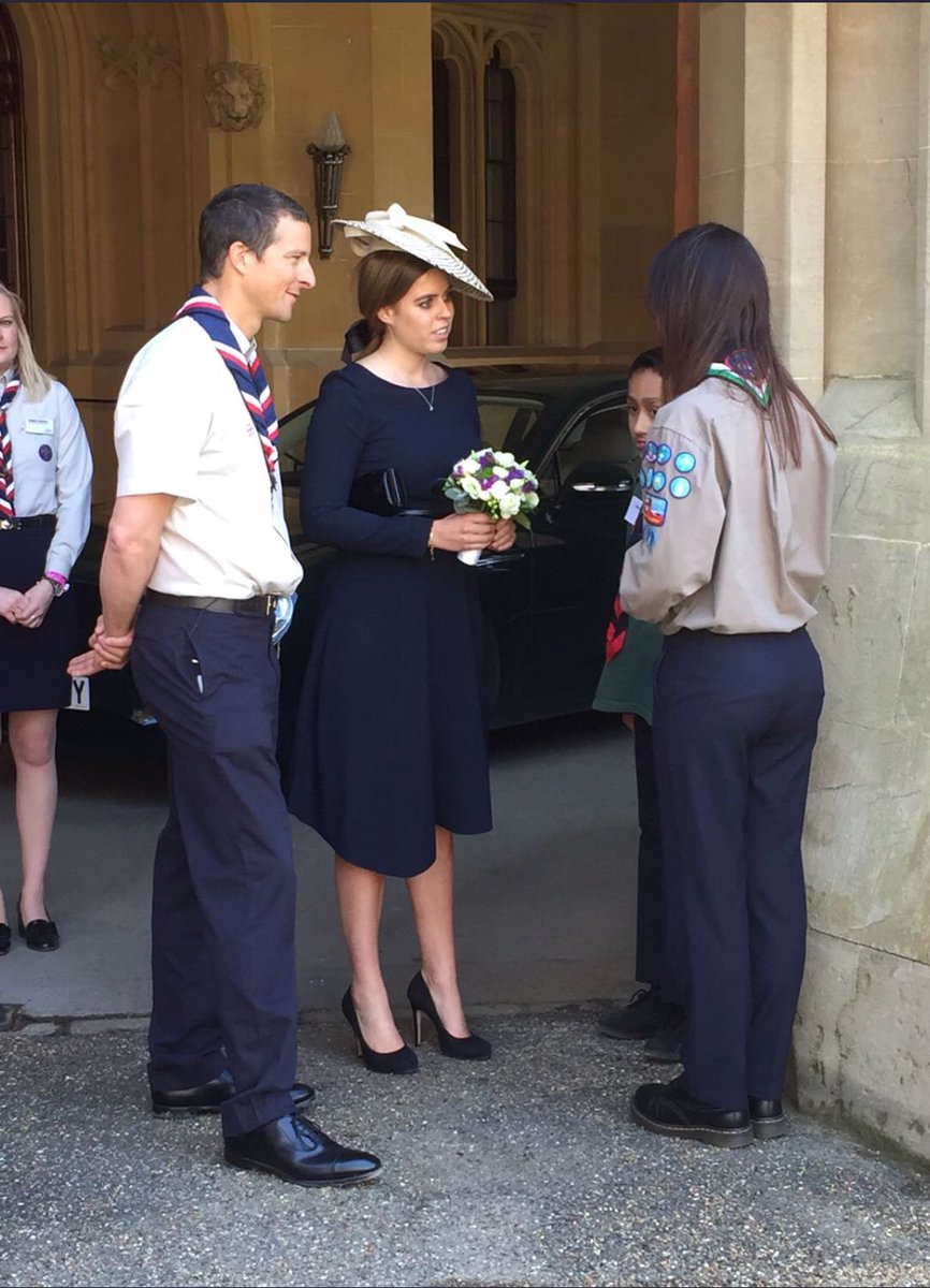 Thank you HRH Princess Beatrice @yorkiebea for your love and encouragement to so many @scouts yesterday - and to @worldscouting Sec-Gen @AhmadAlhendawi for your leadership and vision. What a day for the inspiring Queen's Scouts! #NeverGiveUp