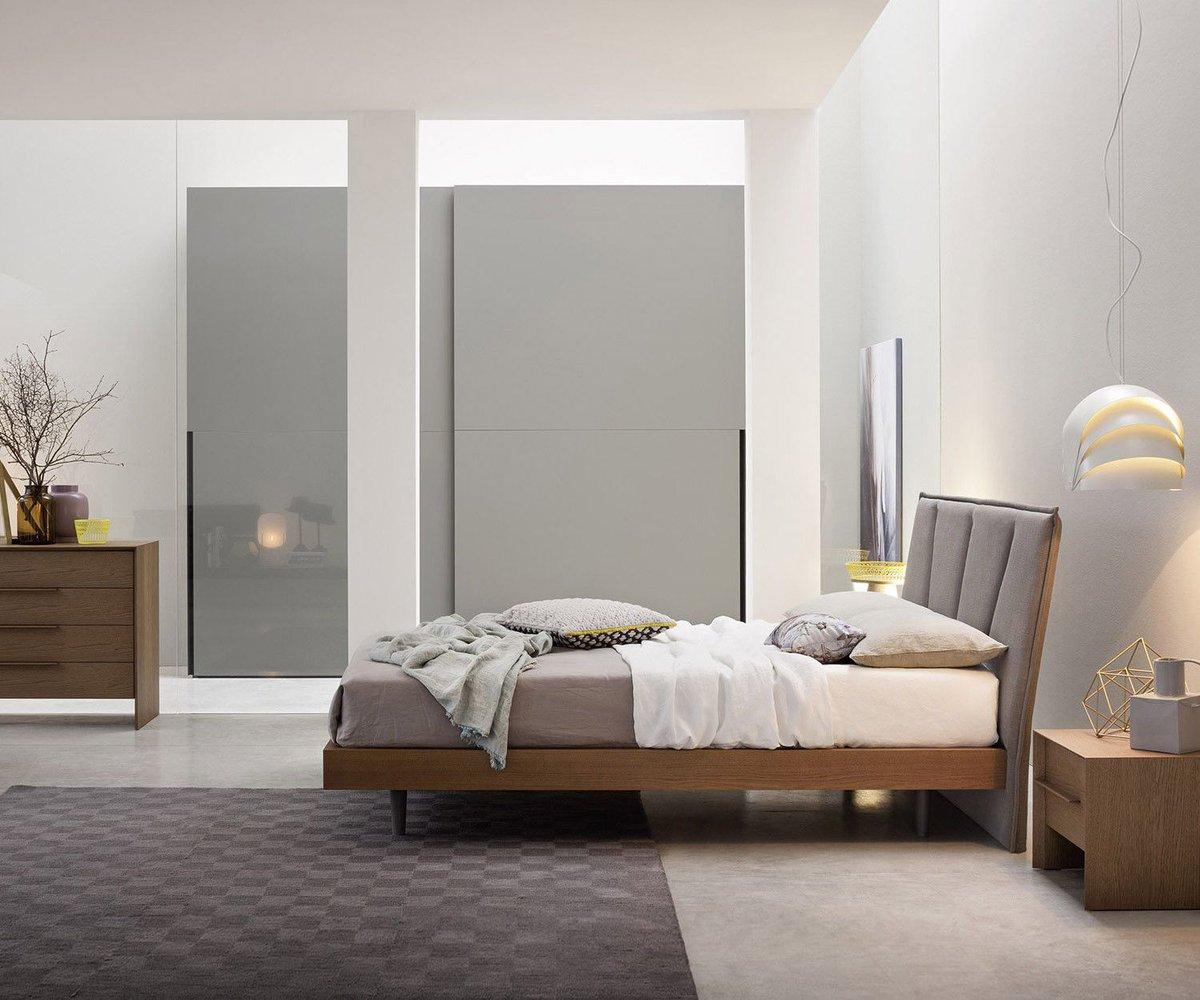 Schmale Schlafzimmer Einrichten. Lampe Schlafzimmer Led