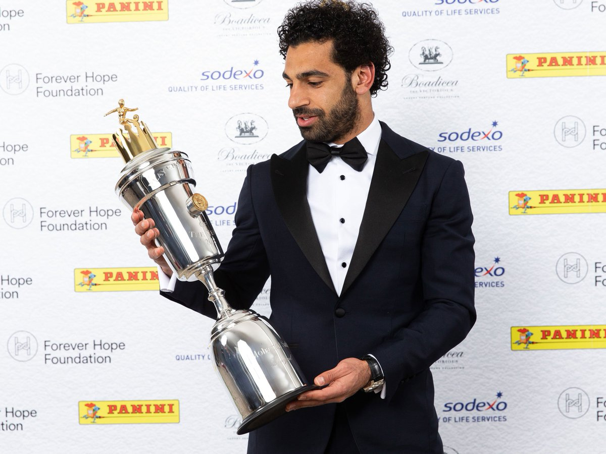 Mohamed Salah reveals his ambitions after being named PFA Player of the Year   https://t.co/QSjjiwSKGx #lfc