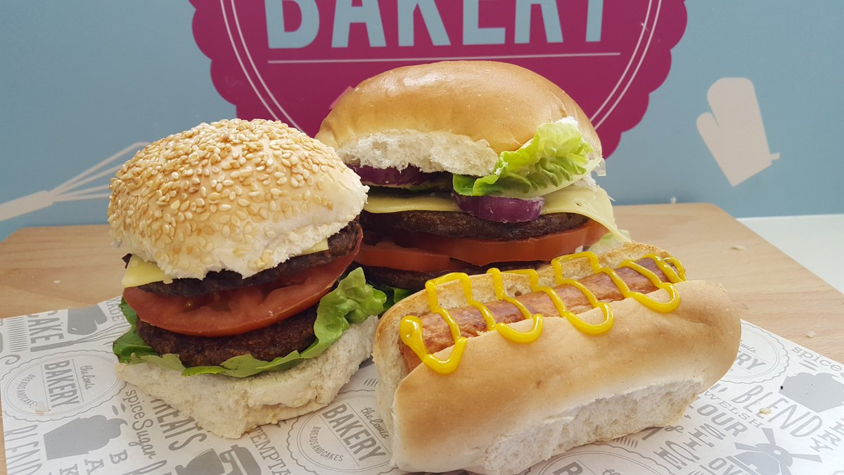 test Twitter Media - Who took a chance on this #Britishweather this weekend and dusted off the #BBQ? Don't forget that we have everything you need for a perfect barbie - Bread Rolls, Hot Dog Rolls, Burgers, Sausages, Chicken Burgers, Cheese, the list goes on! Place your orders now for the w/end 🍔🌭 https://t.co/32WJ8A51mi