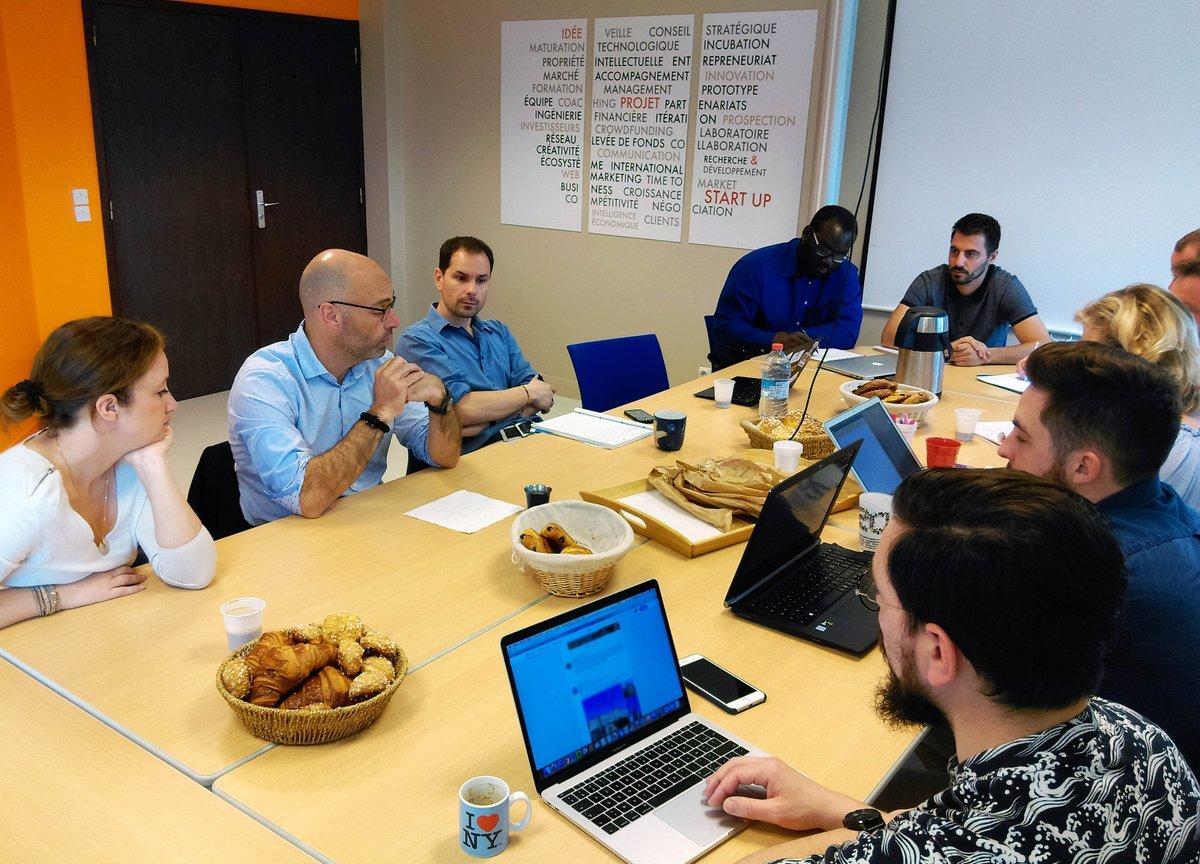Comment financer son #projet #innovant ? Échanges avec @InitiativeC14 ce matin à l'#incubateur. #startup #financement #projetinnovant #Normandie https://t.co/3G2yrPTgio