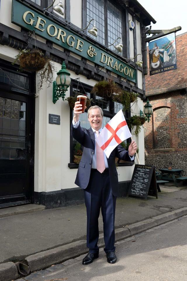 Happy St George's Day! �������������� https://t.co/JZNw1emSFq