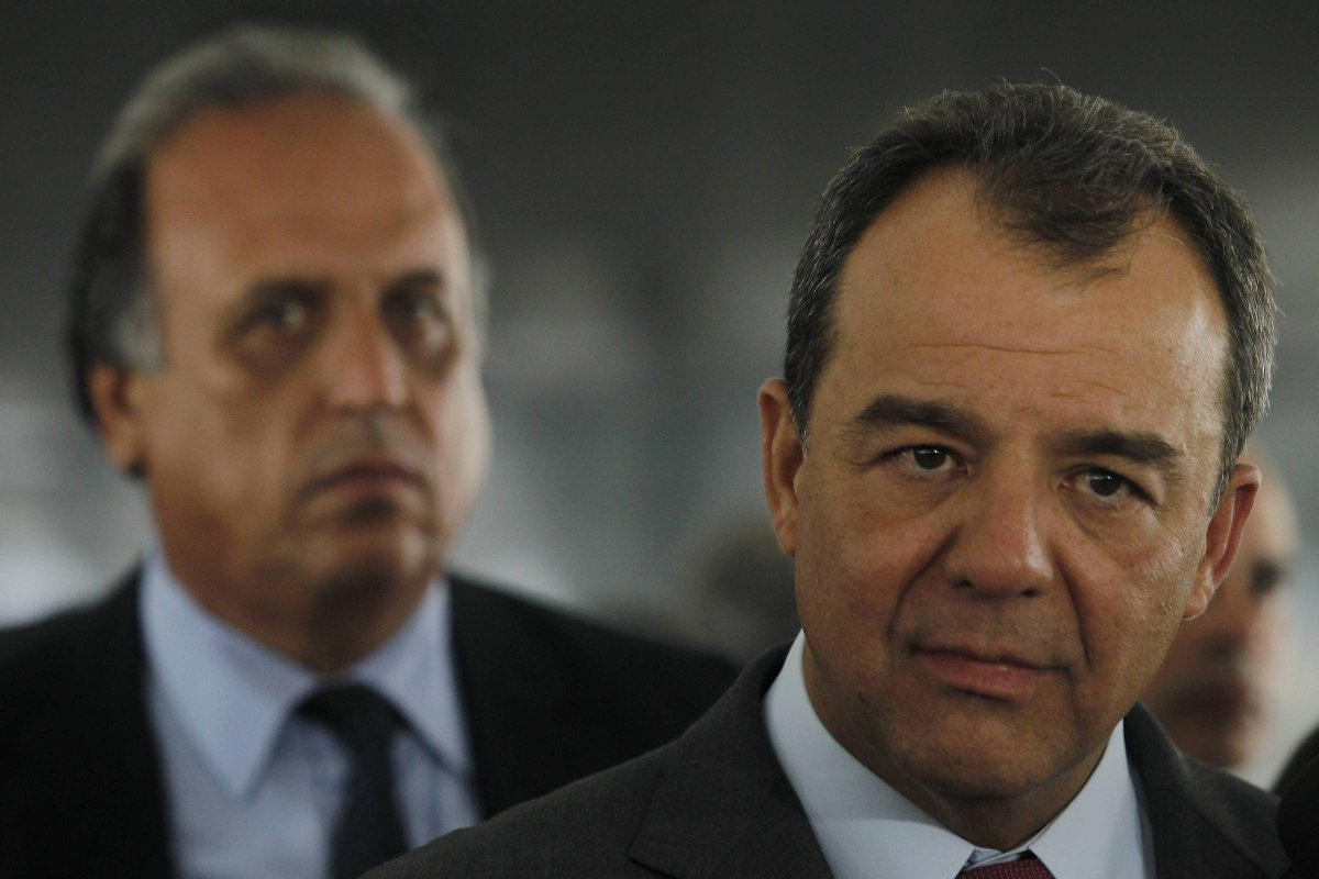 Rio de Janeiro | Gestão Pezão cedeu helicóptero para Cabral fora do cargo, diz piloto https://t.co/KWjuhZta0m