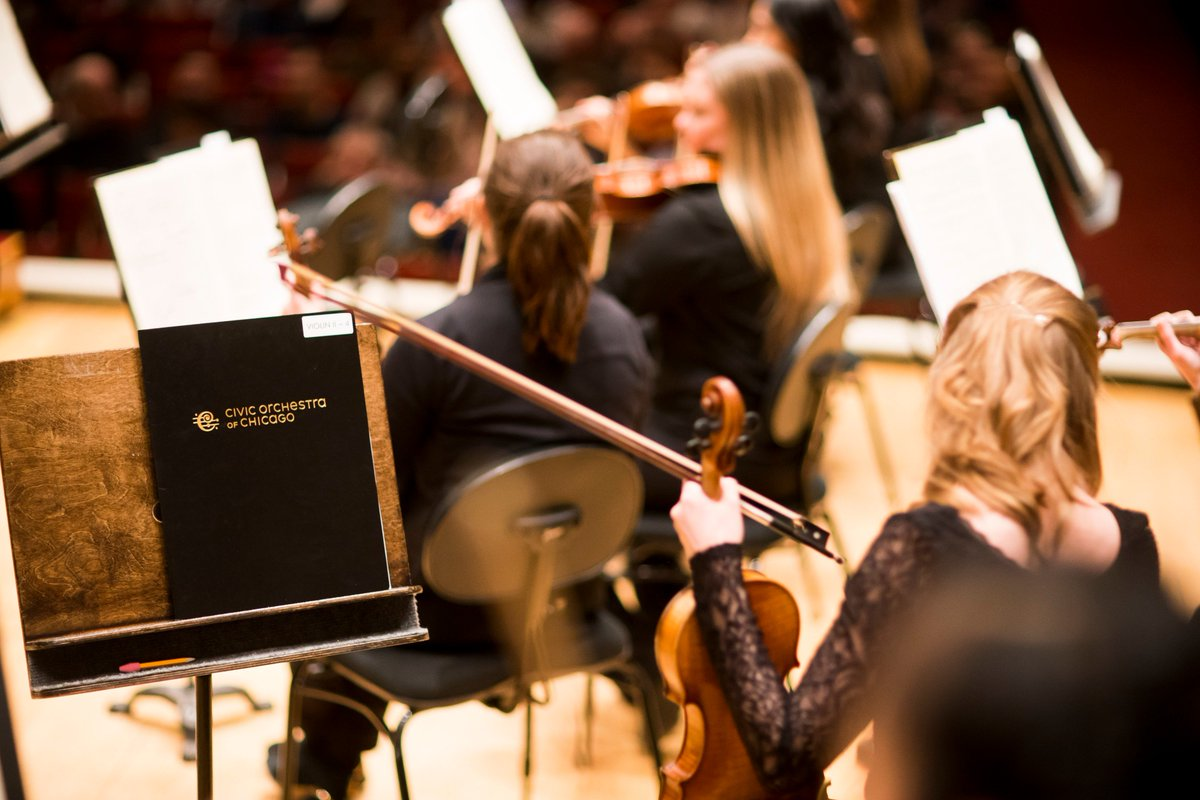 Associate conductor for the Boston Symphony Ken-David Masur and @CitizenFellows present a free concert on 4/29 in the beautiful auditorium of Nicholas Senn High School featuring works by Strauss and Tchaikovsky!  Learn more here -->https://t.co/5DmHPo2yRb