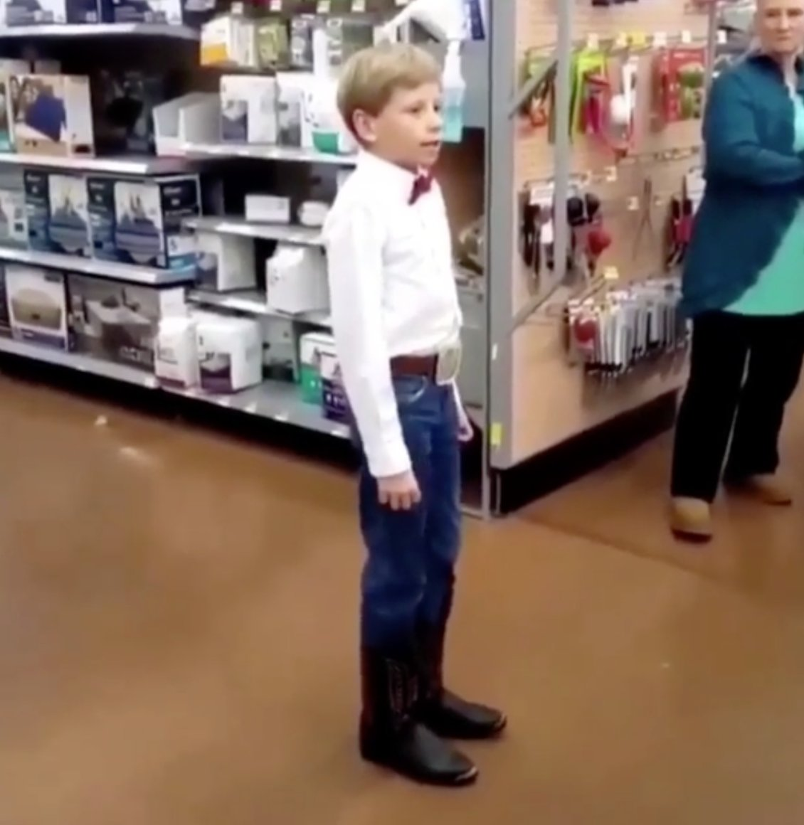 Walmart yodeling kid Mason Ramsey says h...