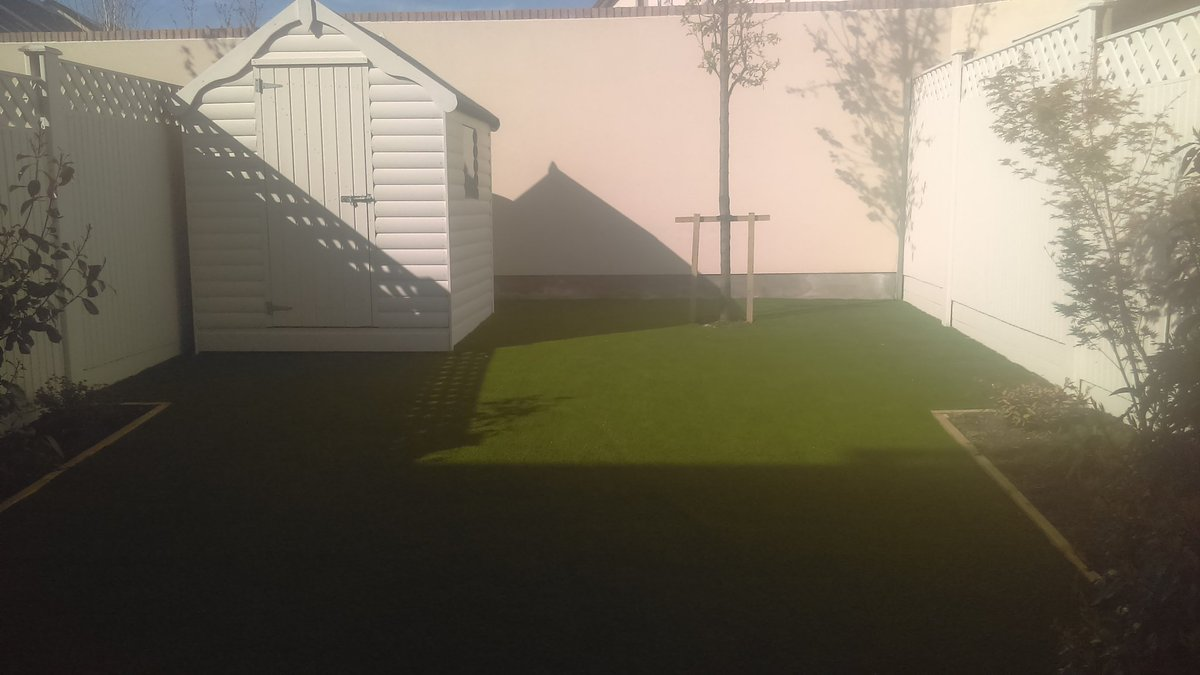 Completed photos of a garden in Glenageary with Royal Grass Silk 35. No more muck, mowing and maintenance.  http://www.dublinartificialgrass.ie    #ireland  #DunLaoghaire  #Dublin