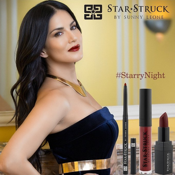 A look and a Lip 💋🤩💄  #StarryNight by @starstruckbysl https://t.co/mnp8SvQwyM  #SunnyLeone #fashion #cosmetics