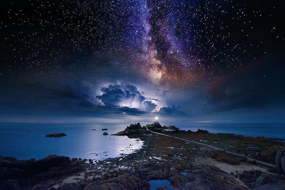 Картинки по запросу звездным небом