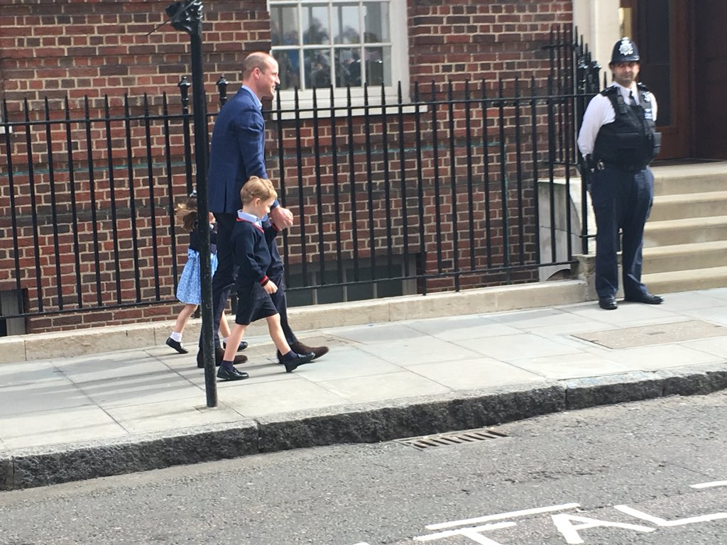 William takes George and Charlotte in to see their baby brother.