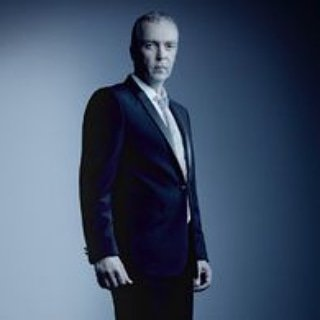 Happy Birthday To You John Hannah as Holden Radcliff