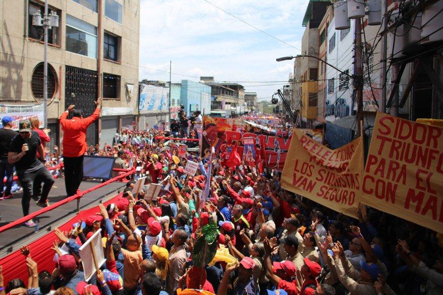 """""""Estamos iniciando esta campaña desde la tierra de los Libertadores en el Pueblo de Bolívar ¡Aquí está el rugido del estado Bolívar!"""" indicó @NicolasMaduro"""