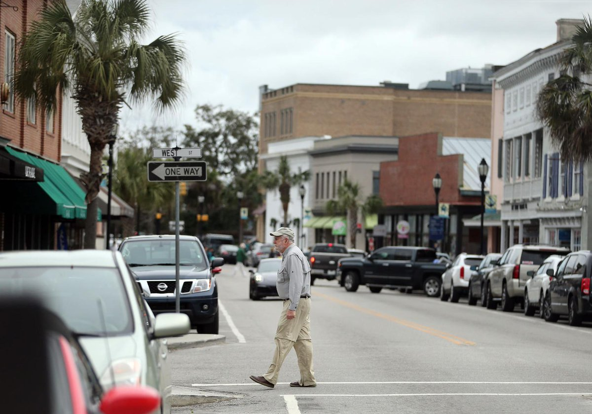 Beaufort's chamber of commerce splits in two — a potential trend in South Carolina.  More: https://t.co/7LhoQ9NP1m #scnews