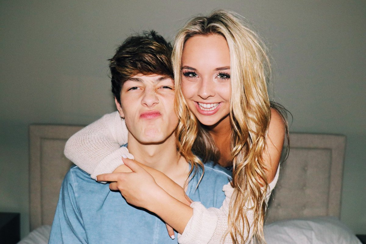 are jc and lia still dating